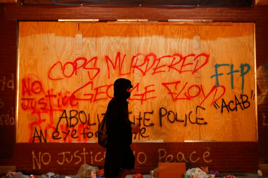 Minneapolis police station torched, other buildings burn amid George Floyd protest