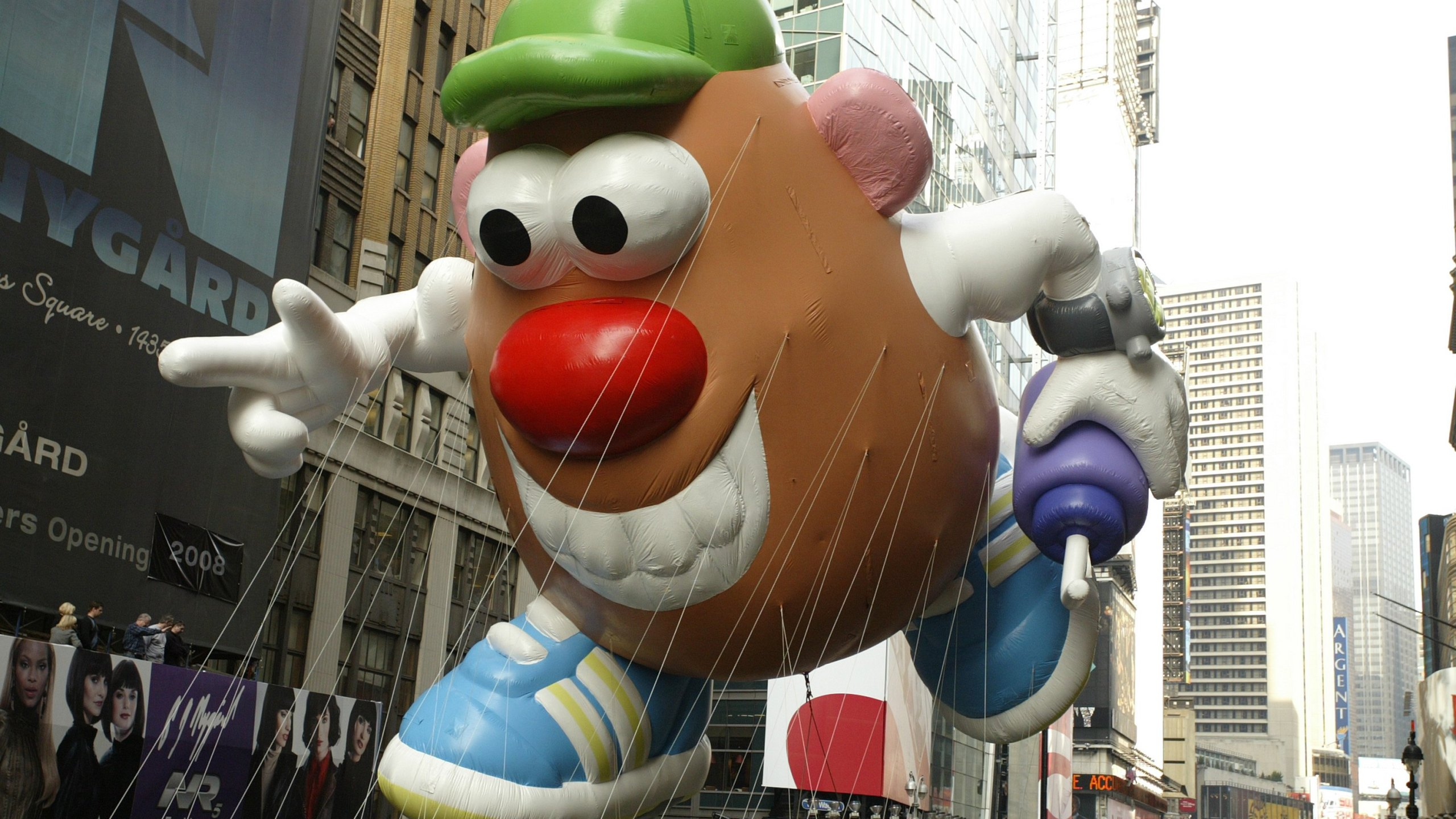The Mr. Potato Head balloon at the 81st Annual Macy's Thanksgiving Day Parade in 2007 (Photo by: Curtis Means/NBC NewsWire)