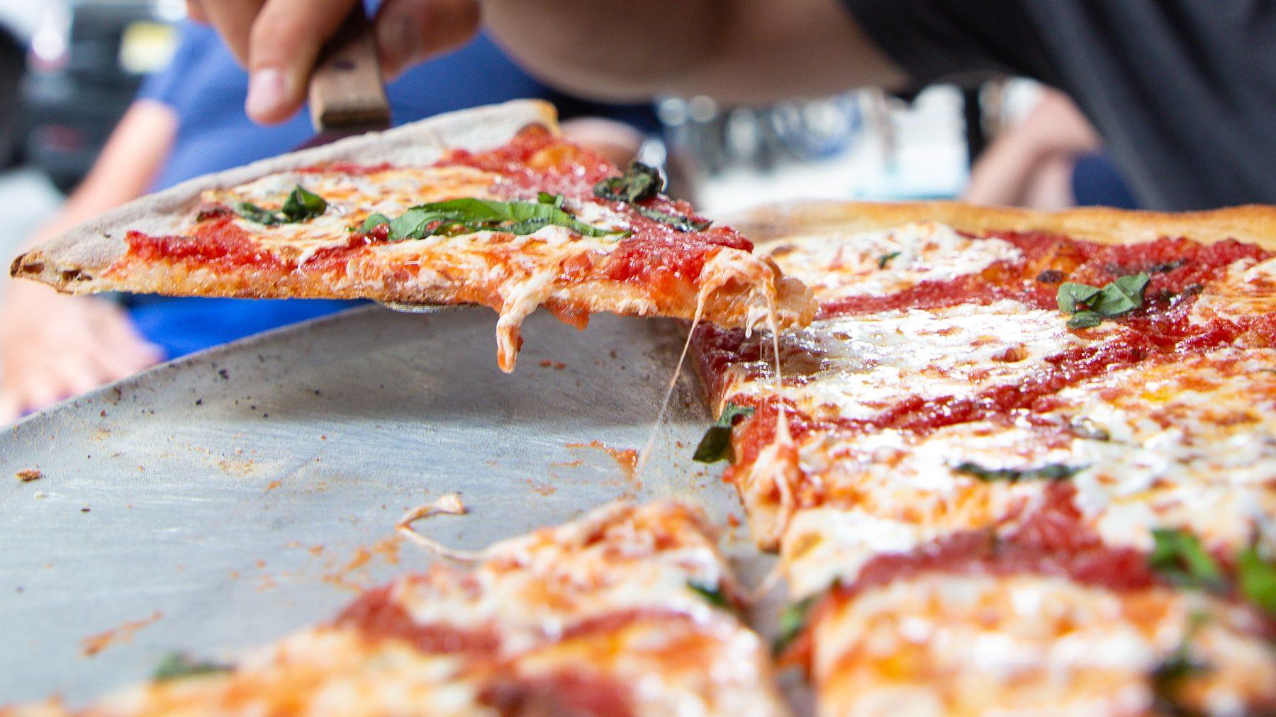 Pizza Lombardis
