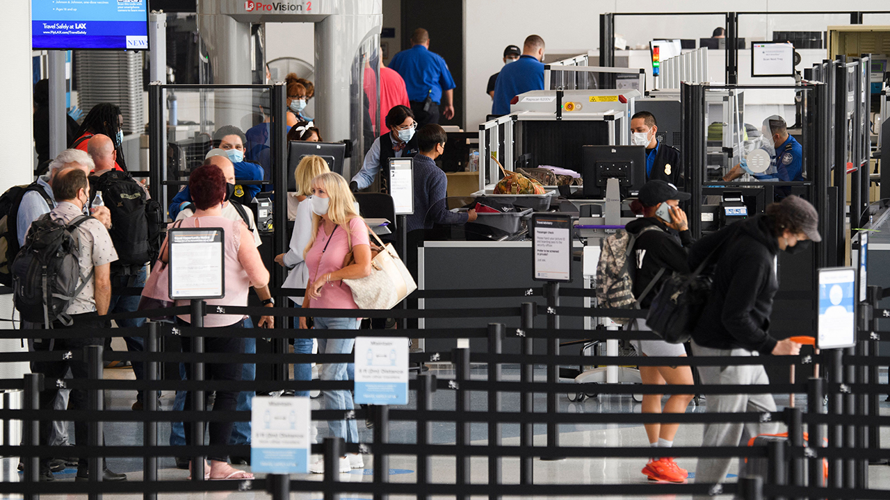 TSA Los Angeles LAX checkpoint