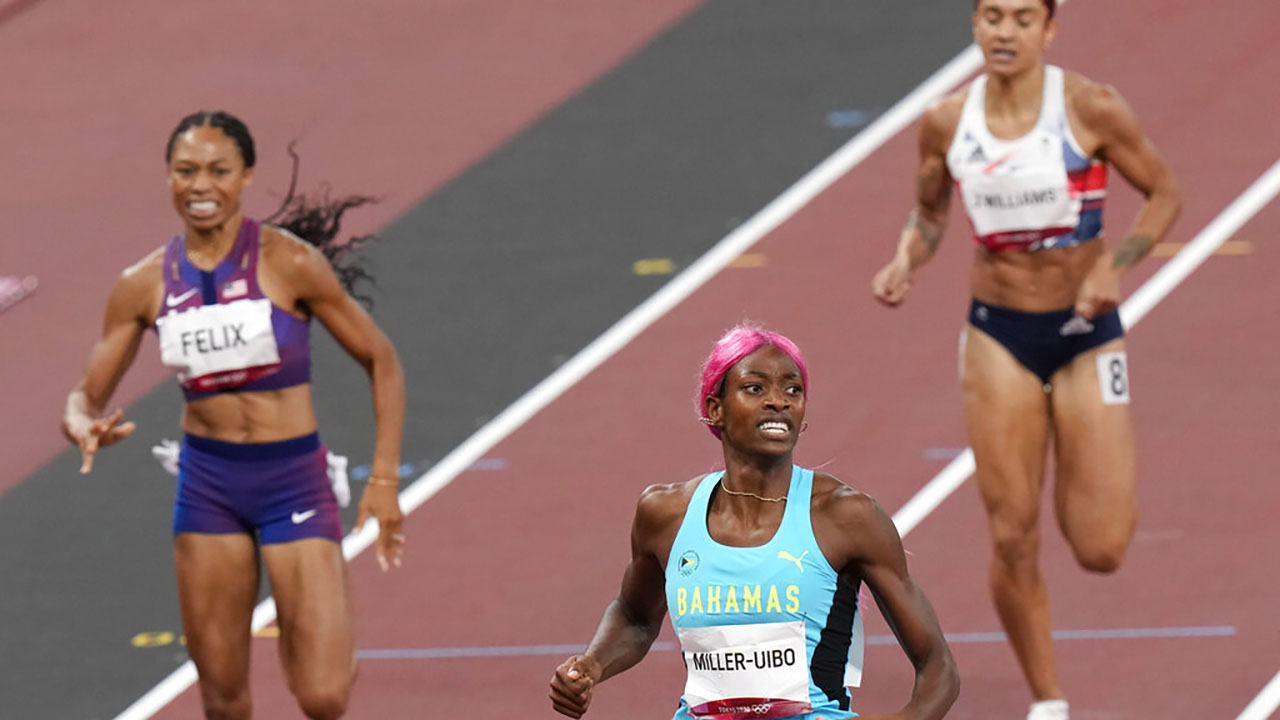 Shaunae Miller-Uibo, of Bahamas, wins 400m