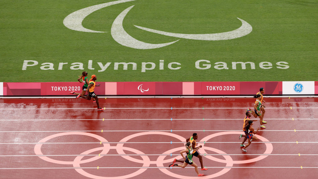 Tokyo Paralympics guide race